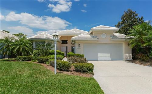 Photo of 7924 HAMPTON COURT, UNIVERSITY PARK, FL 34201 (MLS # A4499030)