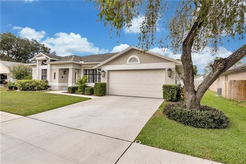 Photo of 8704 MIDDLE CROSS PLACE, TAMPA, FL 33635 (MLS # T3271030)