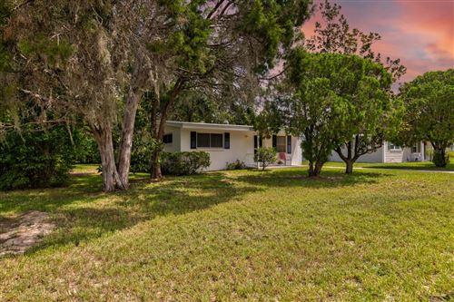 Photo of 107 W QUAYLE AVENUE, EUSTIS, FL 32726 (MLS # G5045033)