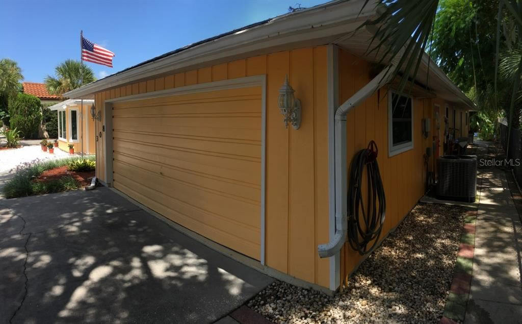 Photo of 308 SALERNO STREET, VENICE, FL 34285 (MLS # O5974034)