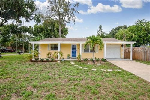 Photo of 1565 CONNECTICUT AVENUE NE, ST PETERSBURG, FL 33703 (MLS # U8111035)