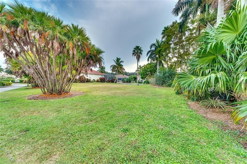 Photo of 4109 COMMODORE BOULEVARD, CORTEZ, FL 34215 (MLS # A4200038)