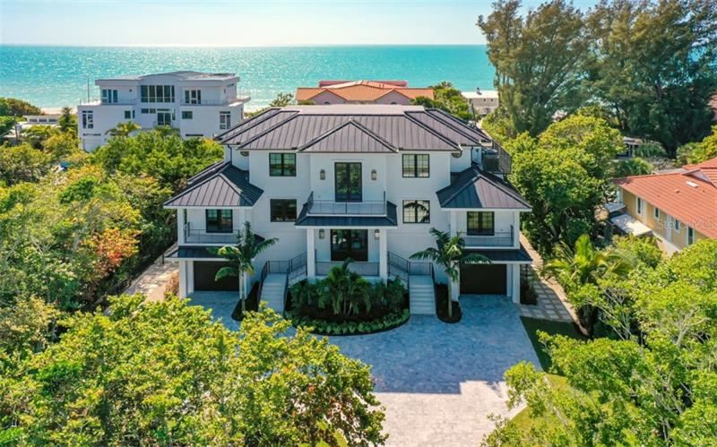 Photo of 6525 GULF OF MEXICO DRIVE, LONGBOAT KEY, FL 34228 (MLS # A4460038)