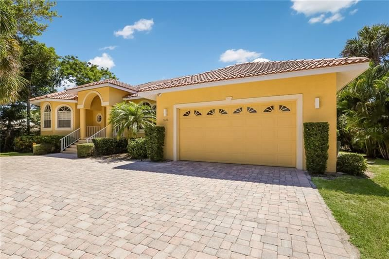 Photo of 5120 WINDWARD AVENUE, SARASOTA, FL 34242 (MLS # A4460039)