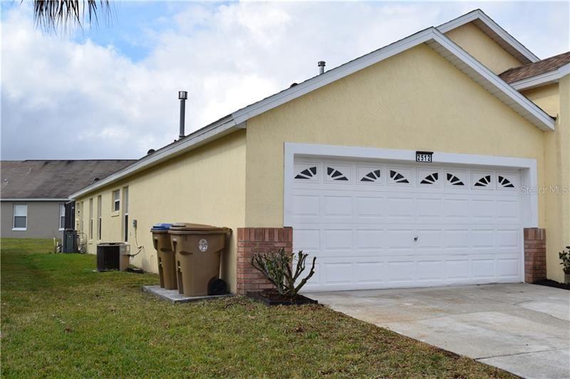 Photo of 2512 ONEIDA LOOP, KISSIMMEE, FL 34747 (MLS # O5919039)