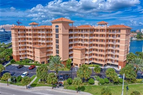 Photo of 530 S GULFVIEW BOULEVARD #401, CLEARWATER BEACH, FL 33767 (MLS # U8099040)