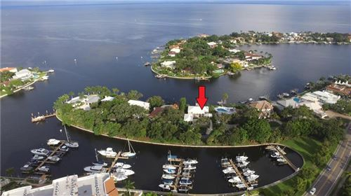 Photo of 1333 SNELL HARBOR DRIVE NE, ST PETERSBURG, FL 33704 (MLS # J924042)