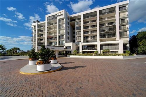 Photo of 8 BELLEVIEW BOULEVARD #403, BELLEAIR, FL 33756 (MLS # U8105043)