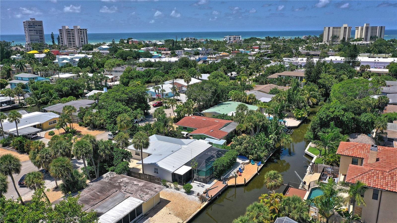 373 AVENIDA MADERA, Sarasota, FL 34242 - #: A4510043