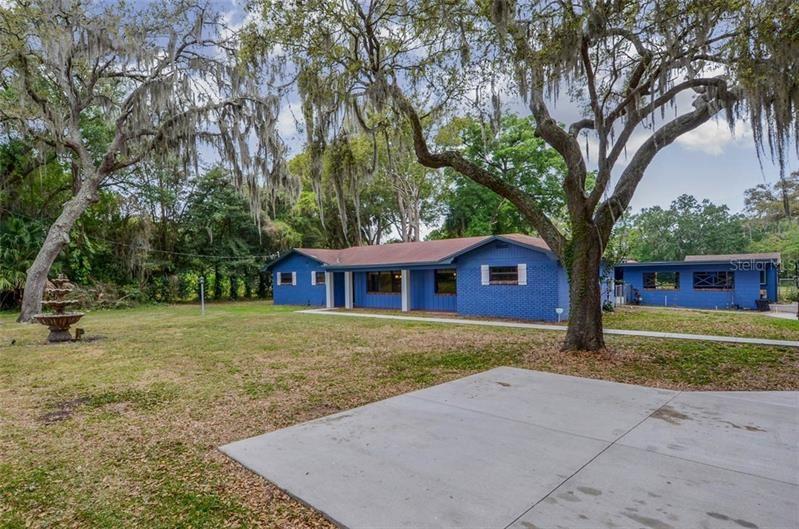 1018 S MOUNT CARMEL ROAD, Brandon, FL 33511 - MLS#: T3235043