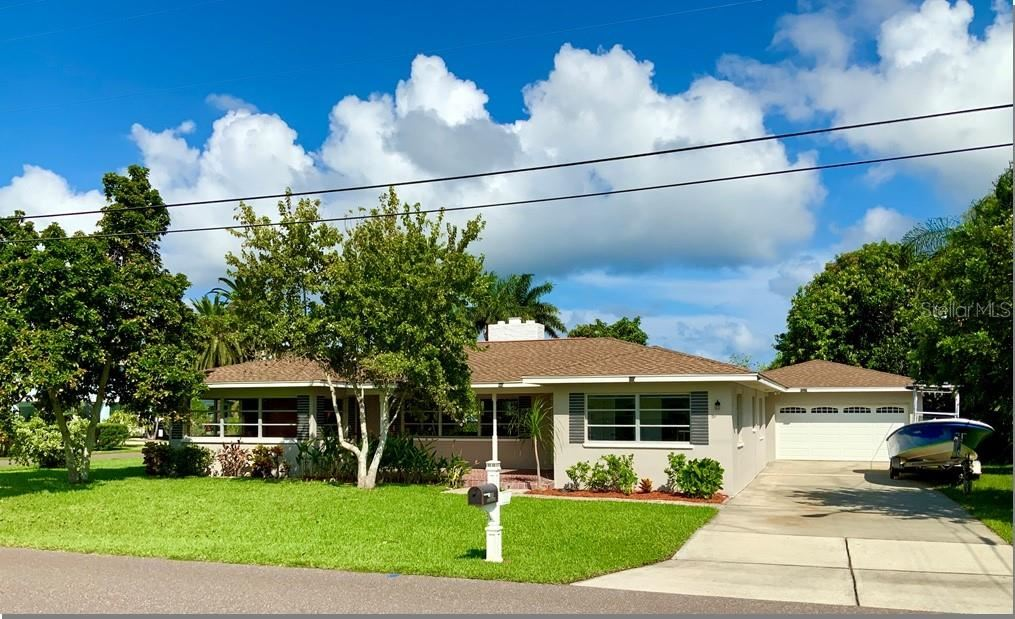 100 159TH AVENUE, Redington Beach, FL 33708 - MLS#: U8132047