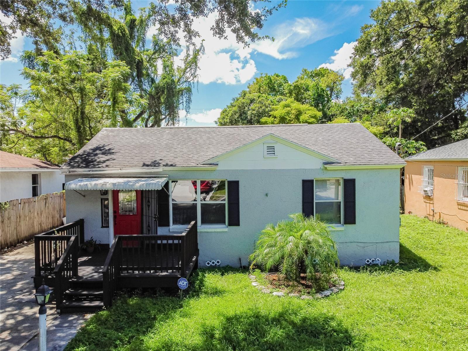 1427 E MOHAWK AVENUE, Tampa, FL 33604 - #: T3324053