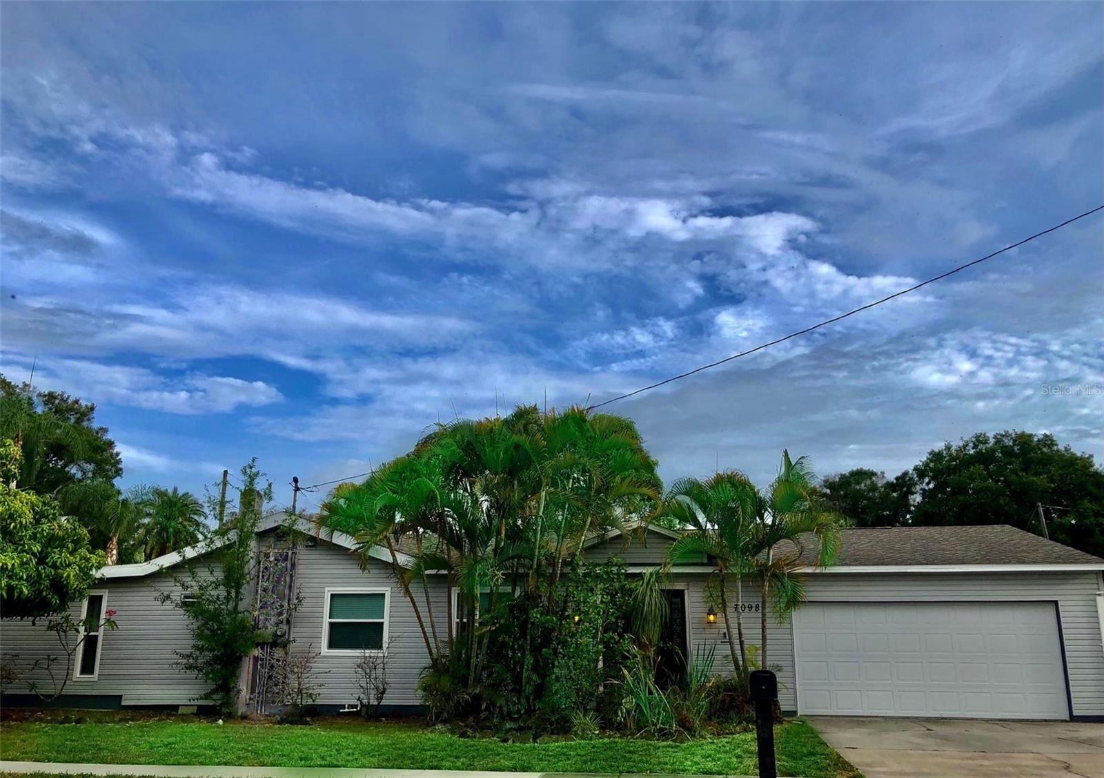 7098 54TH STREET N, Pinellas Park, FL 33781 - #: U8127054