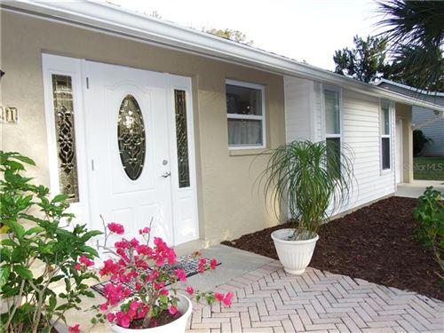 Photo of 5851 VENISOTA ROAD, VENICE, FL 34293 (MLS # D6111056)