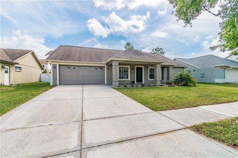 9735 CYPRESS POND AVENUE, Tampa, FL 33647 - MLS#: T3229056