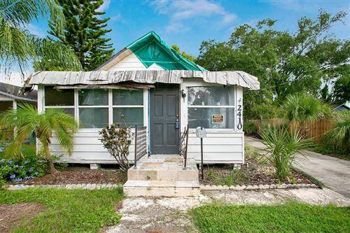 Photo of 2410 CENTER AVENUE, ORLANDO, FL 32806 (MLS # O5956058)