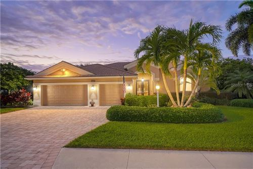 Photo of 7912 ROYAL QUEENSLAND WAY, LAKEWOOD RANCH, FL 34202 (MLS # A4485061)