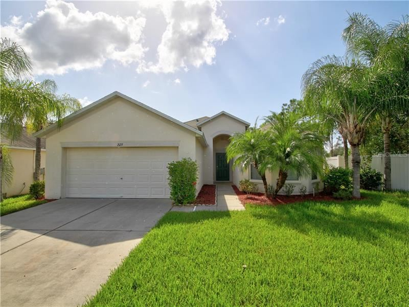 2125 COLVILLE CHASE DRIVE, Ruskin, FL 33570 - #: T3263061