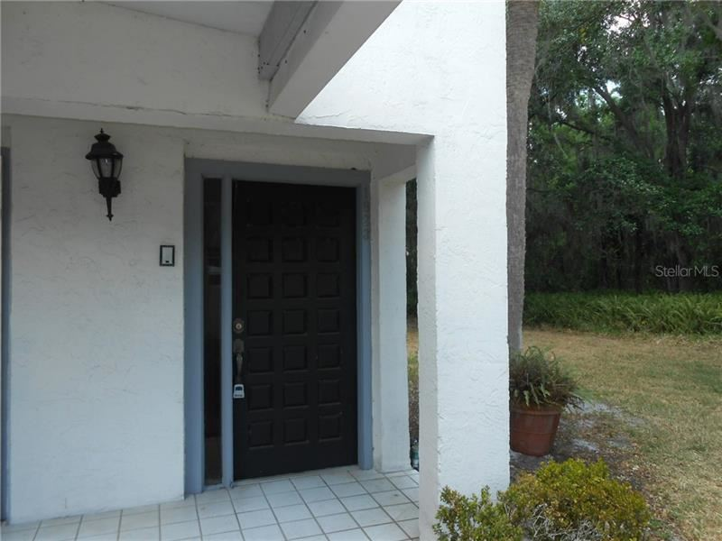 1823 VILLAGE COURT #1823, Mulberry, FL 33860 - #: L4922062