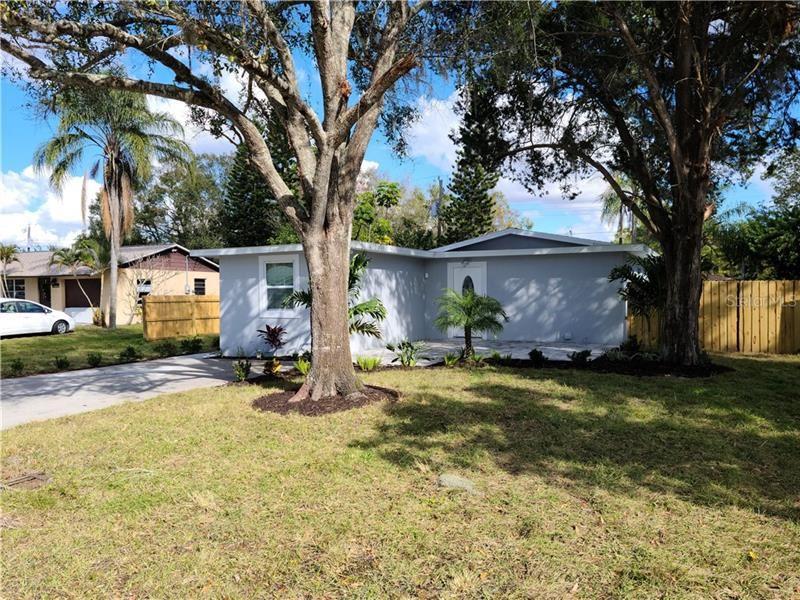 Photo of 1304 RUSSELL AVENUE, SARASOTA, FL 34232 (MLS # A4487063)