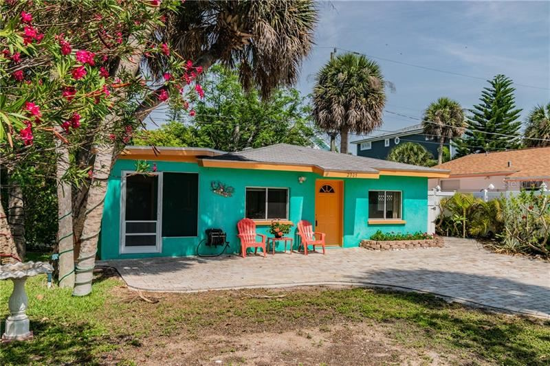 Photo of 2305 AVENUE C, BRADENTON BEACH, FL 34217 (MLS # A4464064)