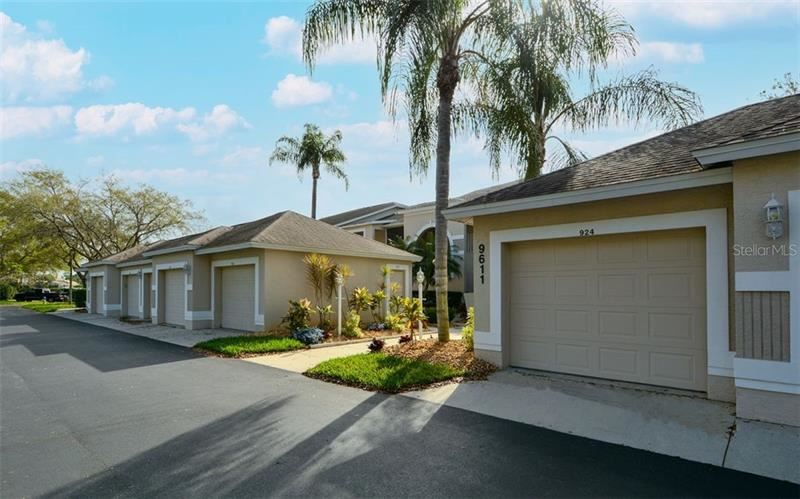 Photo of 9611 CASTLE POINT DRIVE #924, SARASOTA, FL 34238 (MLS # A4493064)