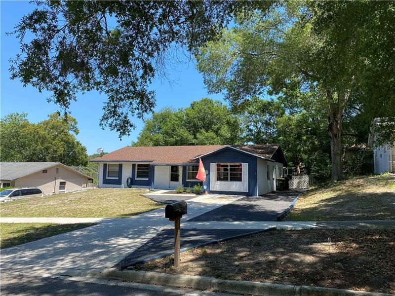 243 OVERLOOK DRIVE, Clermont, FL 34711 - #: G5029064