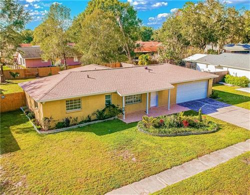 Photo of 5005 MISTY LAKE DRIVE, MULBERRY, FL 33860 (MLS # L4913065)