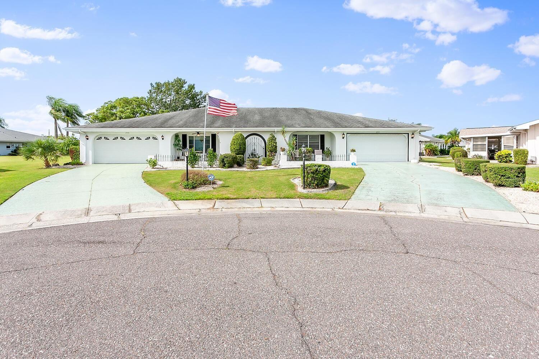 206 CACTUSFLOWER LANE, Sun City Center, FL 33573 - #: T3307065