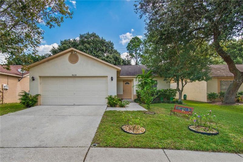 8633 HUNTFIELD STREET, Tampa, FL 33635 - #: T3270069