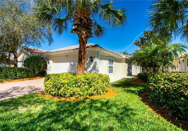 Photo of 5832 HELICON PLACE, SARASOTA, FL 34238 (MLS # A4461070)