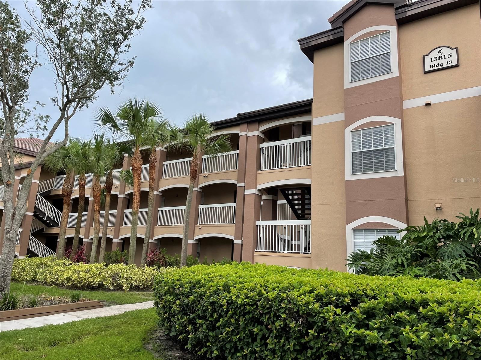 13815 FAIRWAY ISLAND DRIVE #1327, Orlando, FL 32837 - #: O5955071