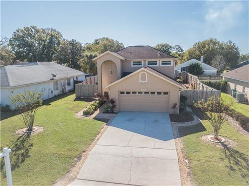 Photo of 407 VINEYARD DRIVE, LAKELAND, FL 33809 (MLS # L4912073)