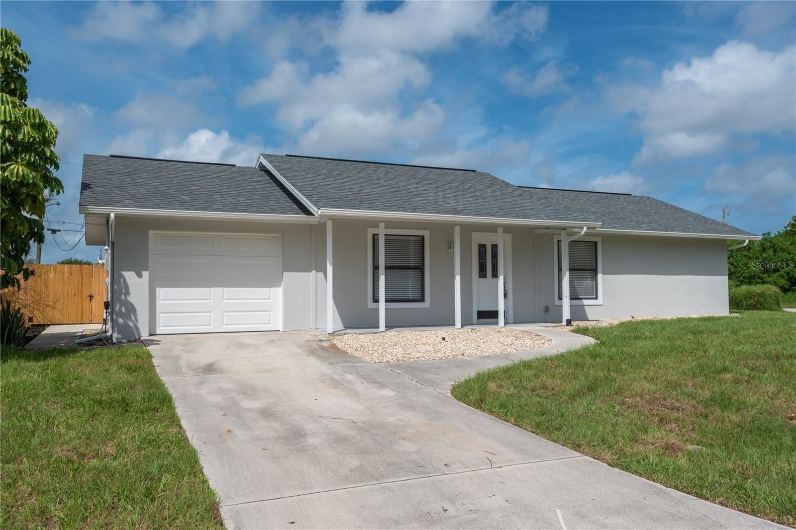 Photo of 7287 WICKLOW LANE, ENGLEWOOD, FL 34224 (MLS # C7446073)