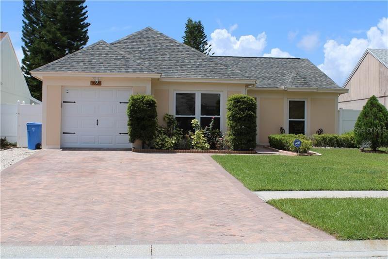 9008 BANA VILLA COURT, Tampa, FL 33635 - MLS#: T3251073