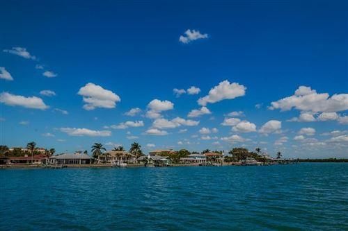 Photo of 800 BAYWAY BOULEVARD #22, CLEARWATER, FL 33767 (MLS # U8117074)