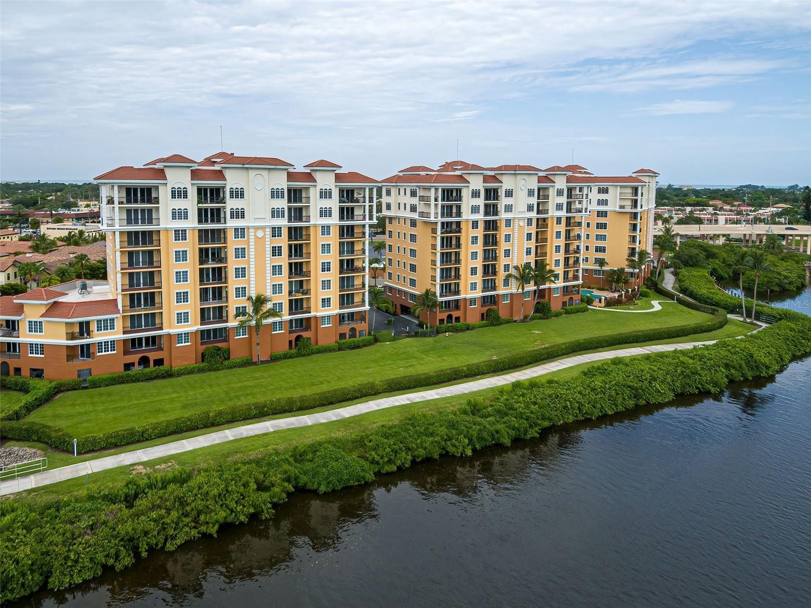 Photo of 167 TAMPA AVENUE E #614, VENICE, FL 34285 (MLS # N6118074)