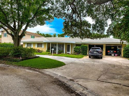 Photo of 1821 OAK LAKE DRIVE, CLEARWATER, FL 33764 (MLS # U8086075)