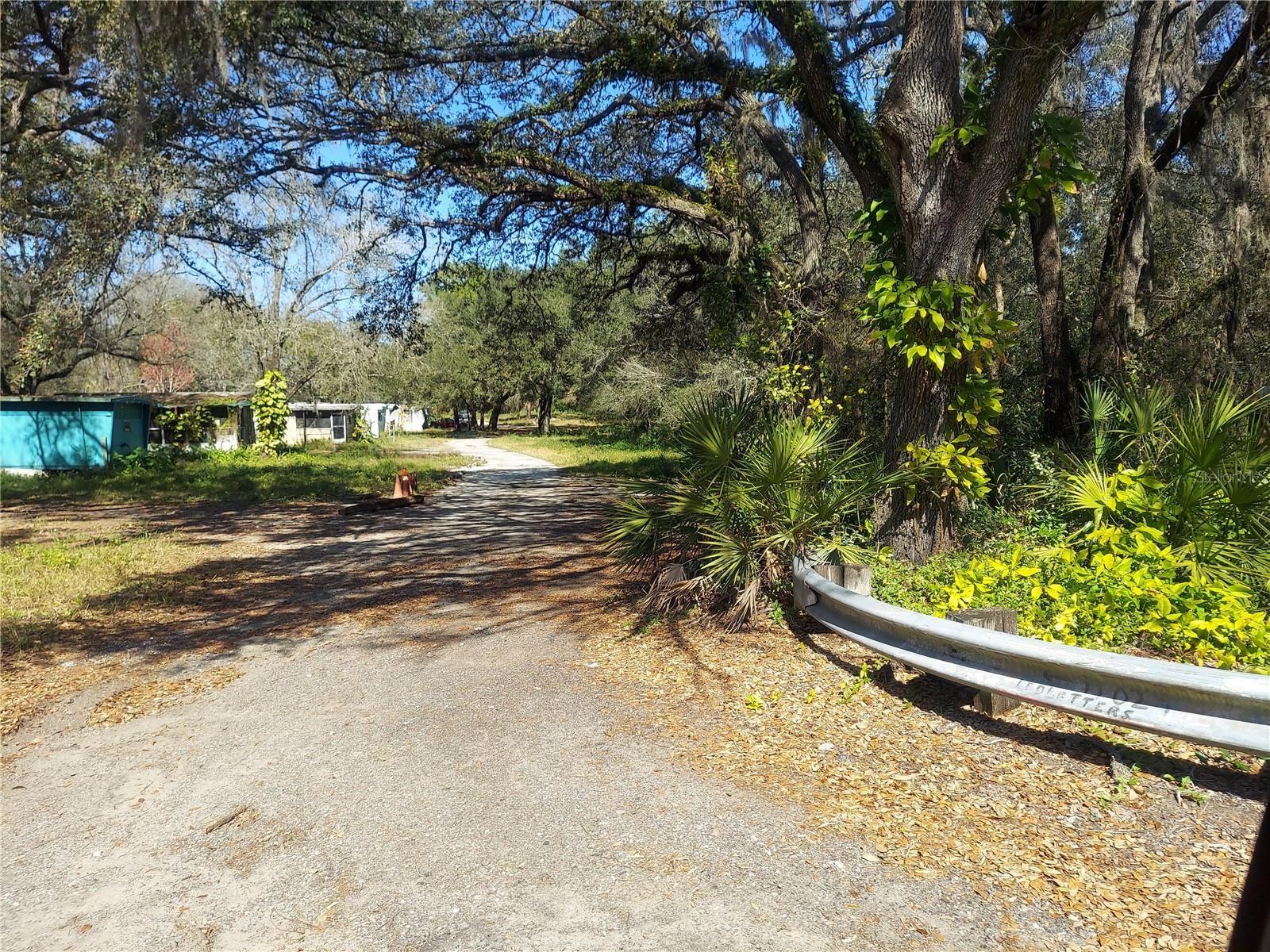 11024 OLD HILLSBOROUGH AVENUE, Tampa, FL 33610 - #: T3314075