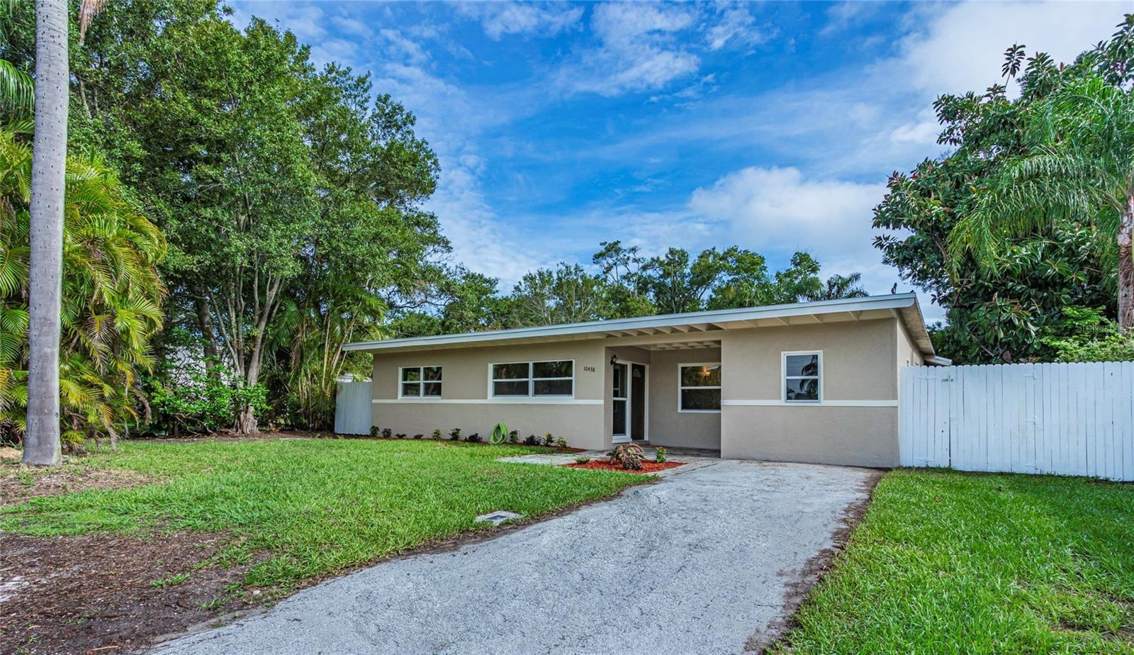 10438 65TH AVENUE, Seminole, FL 33772 - #: U8129075