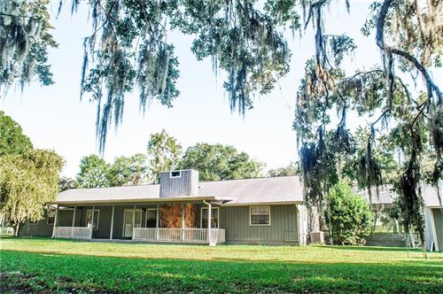 Photo of 724 OLD WELCOME ROAD, LITHIA, FL 33547 (MLS # T3327079)