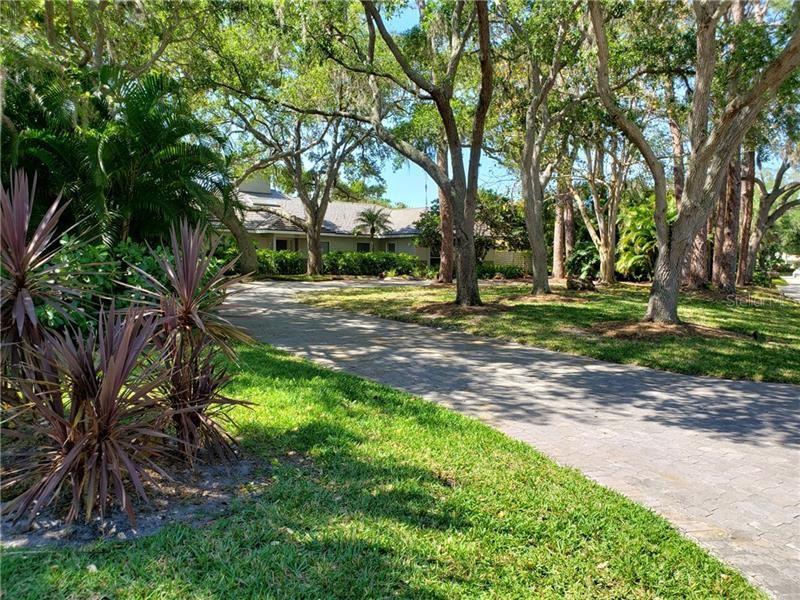 1724 LANDINGS BOULEVARD, Sarasota, FL 34231 - #: A4497079
