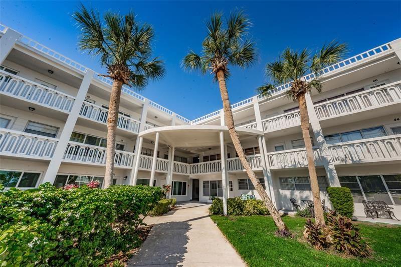 2020 WORLD PARKWAY BOULEVARD #14, Clearwater, FL 33763 - MLS#: U8121079