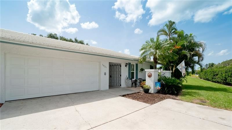 Photo of 7421 7TH AVENUE W, BRADENTON, FL 34209 (MLS # A4471081)