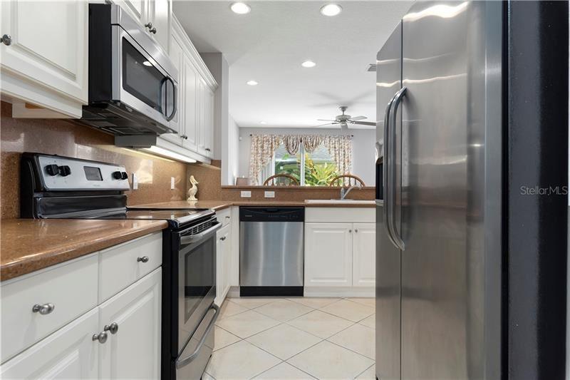 Photo of 5646 SIMONTON STREET, BRADENTON, FL 34203 (MLS # A4471083)