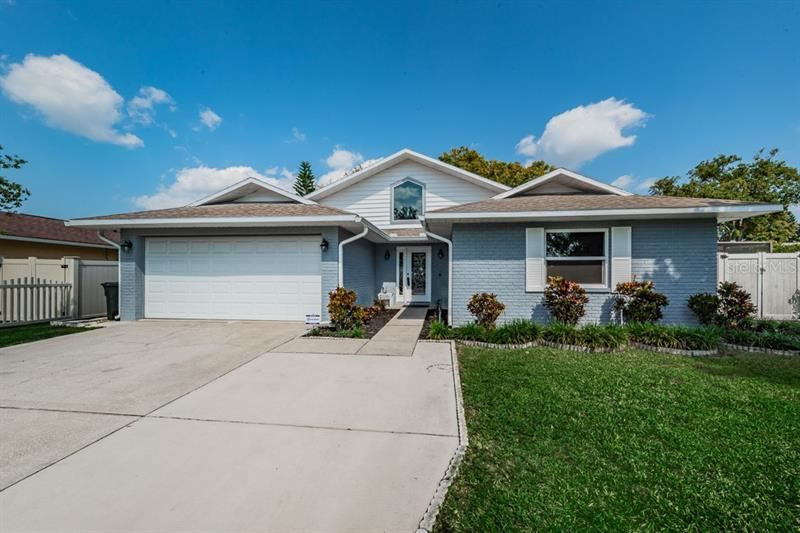 7409 BENT OAK, Port Richey, FL 34668 - #: T3268093