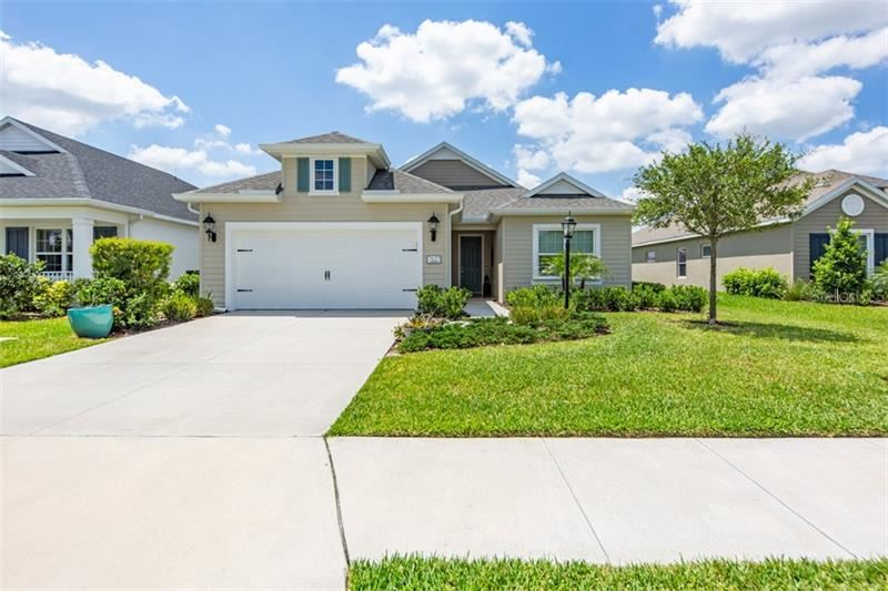 Photo of 7637 RIDGELAKE CIRCLE, BRADENTON, FL 34203 (MLS # A4467097)