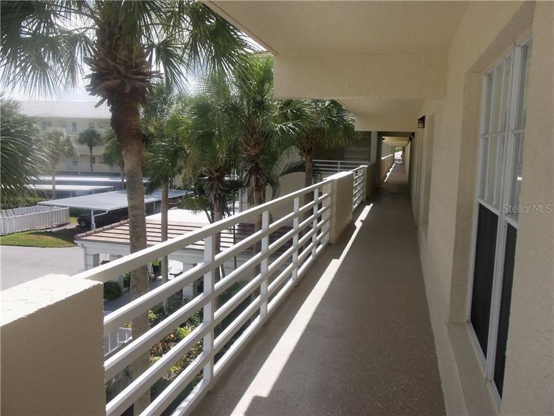 Photo of 937 WEXFORD BOULEVARD #937, VENICE, FL 34293 (MLS # A4474098)