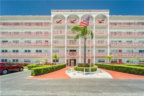 Photo of 5501 80TH STREET N #104, ST PETERSBURG, FL 33709 (MLS # U8086100)