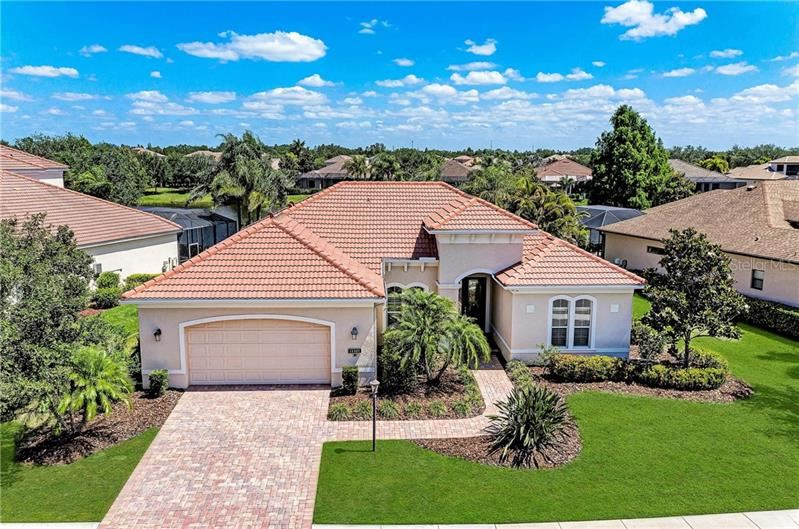 Photo of 14407 SUNDIAL PL, LAKEWOOD RANCH, FL 34202 (MLS # A4467100)